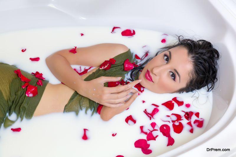 Luxurious-Bathing