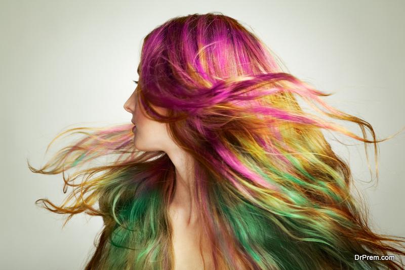temporary-glow-in-the-dark-hair-dye