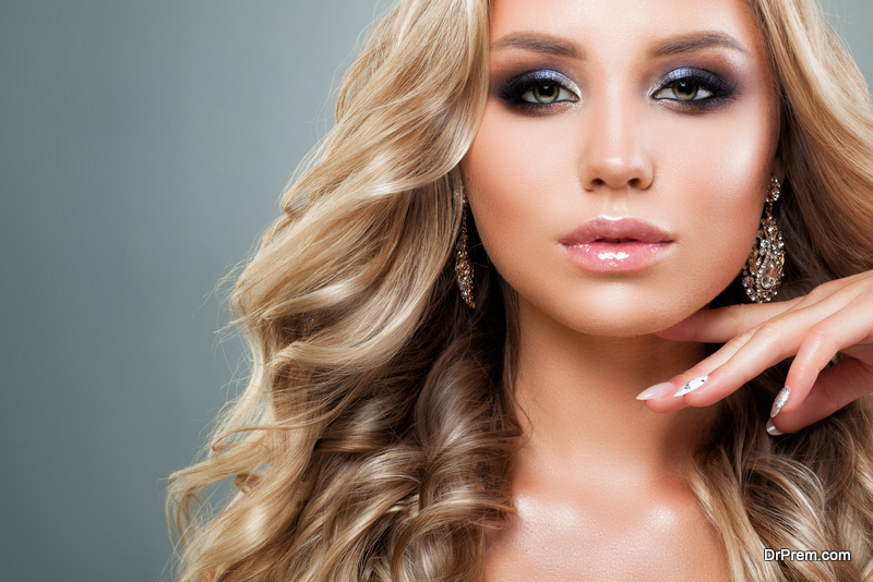 essential makeup tips for girls with dusky skin
