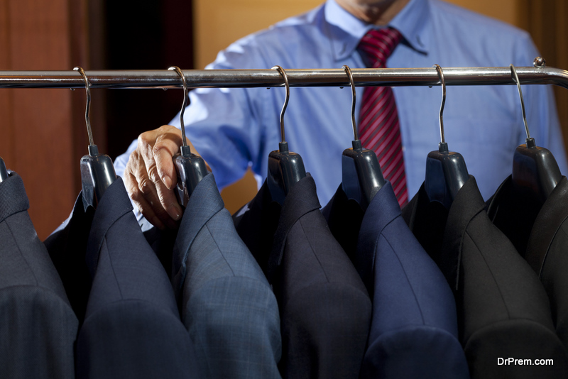 selecting-the-suit