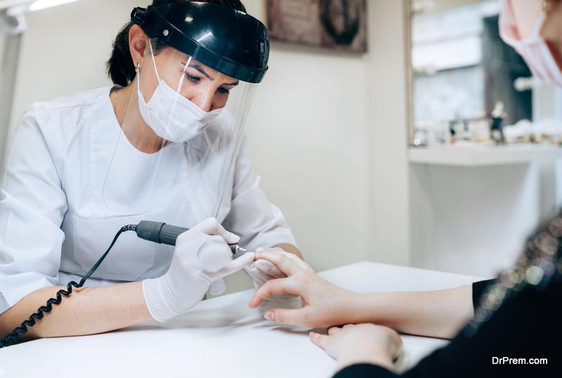 appointment at thenail salon