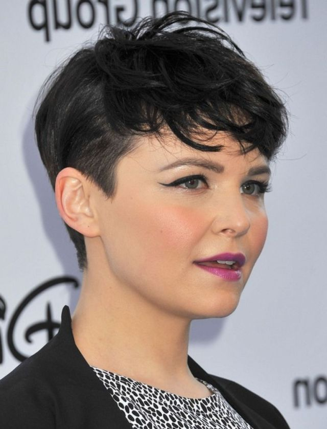 14 most beautiful short curly hairstyles and haircuts for women