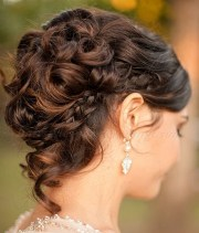 fashionable natural updo hairstyles