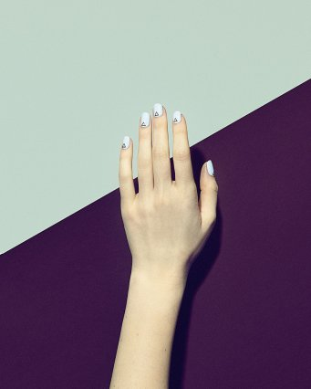manicure-Paintbox-Bermuda-Triangle-Manicure