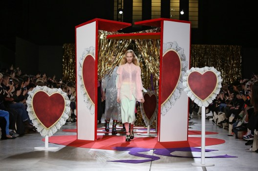 Penhaligon's-Tralala-Meadham-Kirchhoff-fashion-show