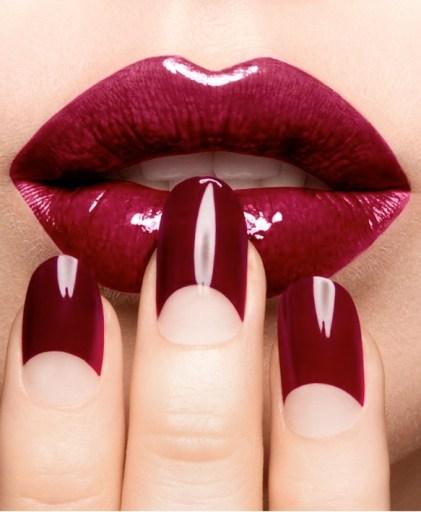 Dark-Red-Tip-sophy-robson-nail-art