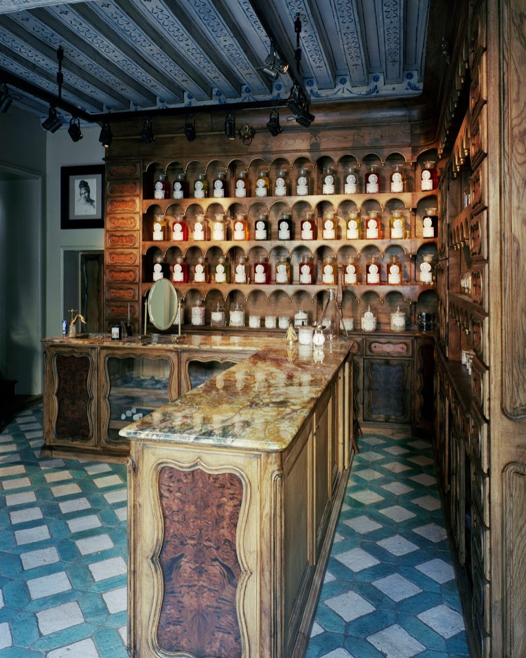 L'Officine-Universelle-Buly-interno