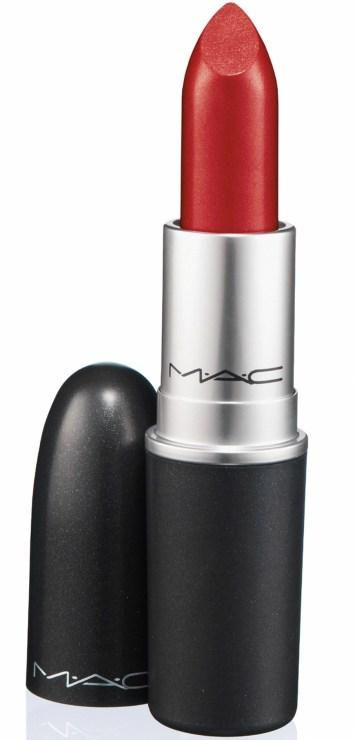 red-lipstick-MAC-Ruby-Woo-vbeauty-routine-sara-cimino