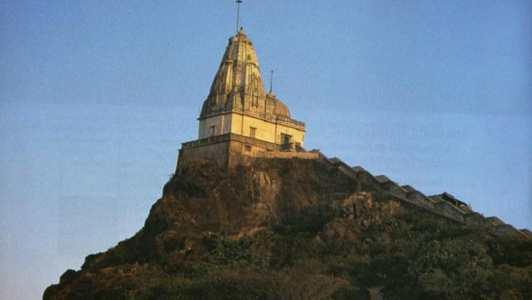 Diane-Pernet-profumo-In-Pursuit-of-Magic-parasnath-temple