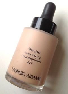 beauty-routine-caterina-maestro-giorgio-armani-maestro-foundation