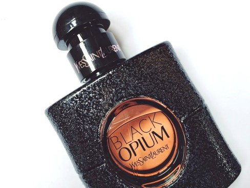 black-opium-profumo-yves-saint-laurent