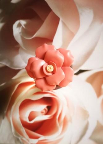 ... tra i profumi inebrianti dei fiori e quelli di un vassoio di dolci  siciliani e trasformate tutto in note olfattive e140d51d73b