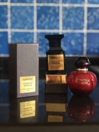Mariangela Milano beauty-routine-tom-ford-