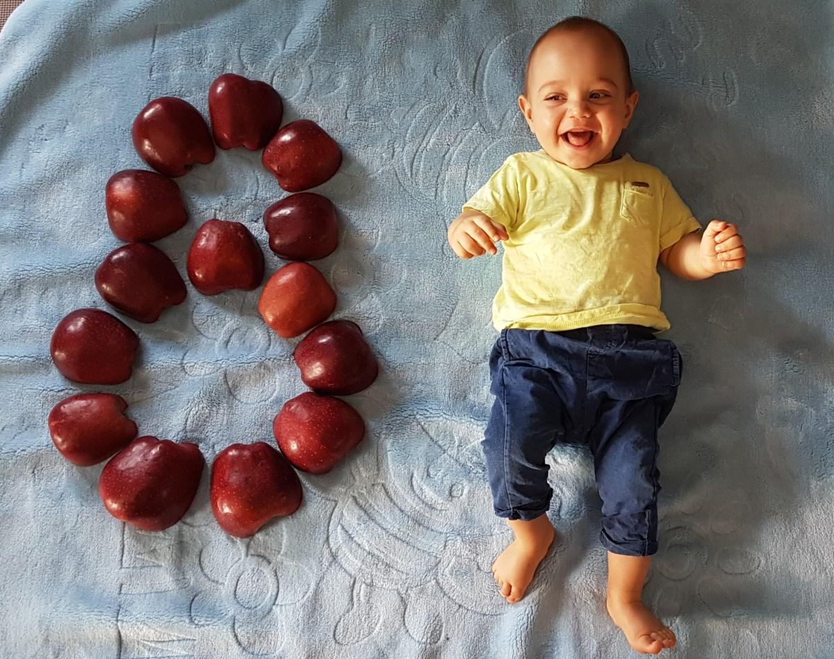 Виктор на 8 месеца.