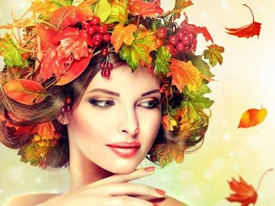 kobieta w kolorach jesieni
