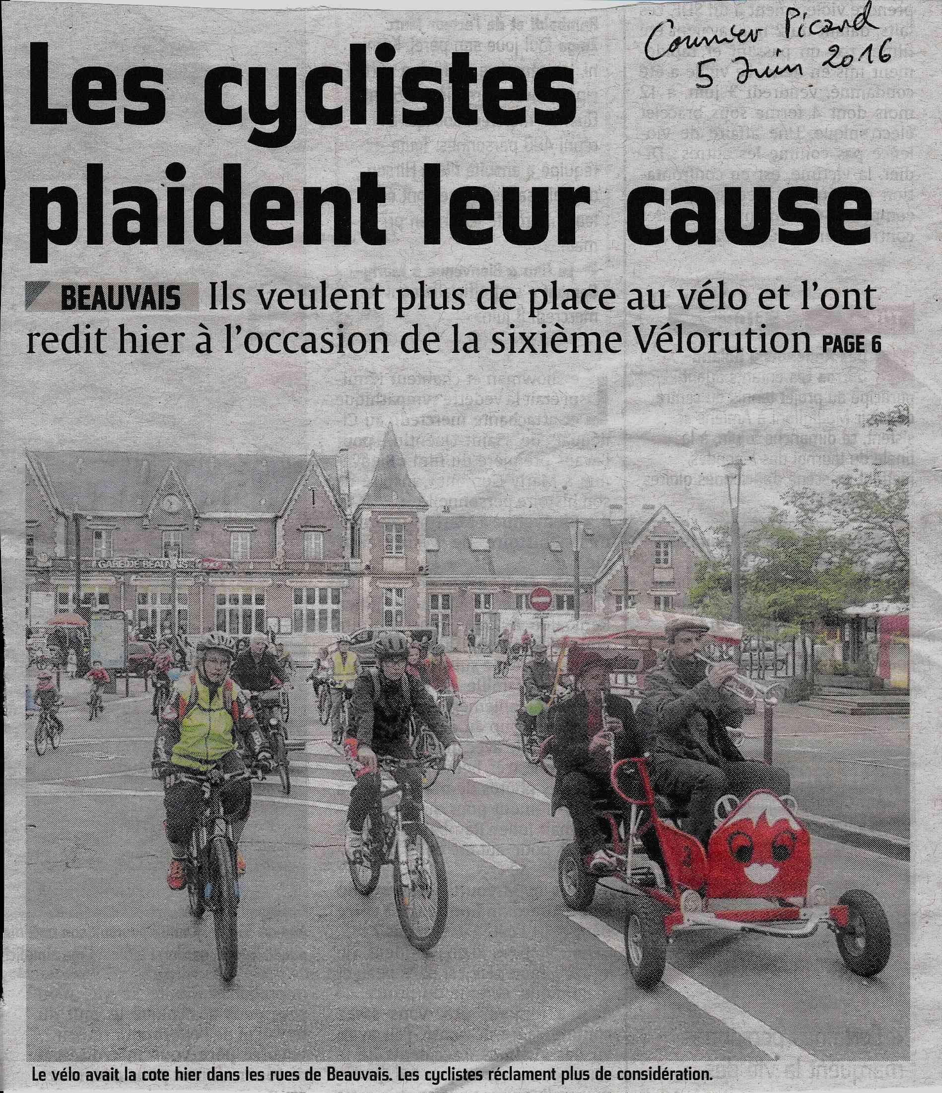 Vélorution 2016 dans les rues de Beauvais