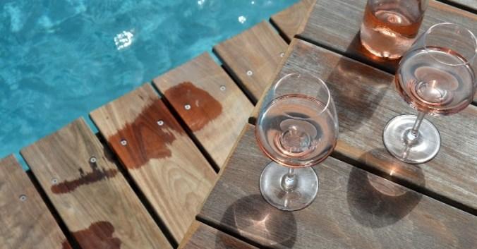 Blog vin Beaux-Vins rafraichir bouteille rosé piscine