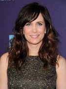 Long-Wavy-Hairstyles-with-Side-Swept-Bangs