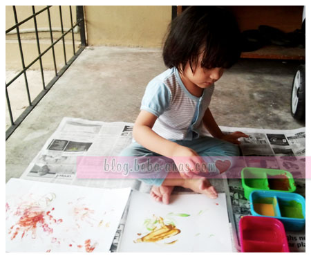 alif-homemade-fingerpaint