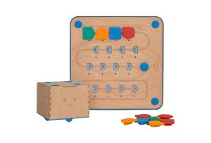 Cubetto es un robot para niños desde 2 años programar sin leer