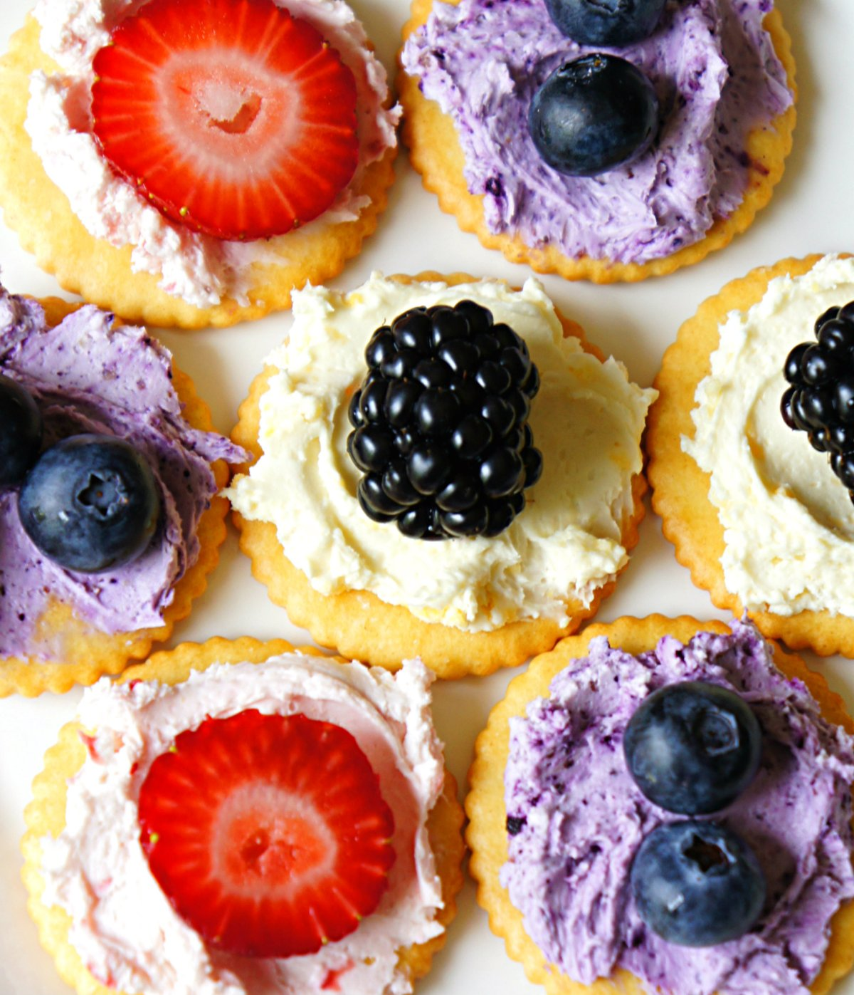 Adding Color to cream cheese using freeze Dried Fruit