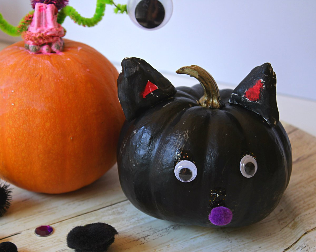 No Carve Unicorn, Cat and Monster Pumpkins: Easy to do with Kids
