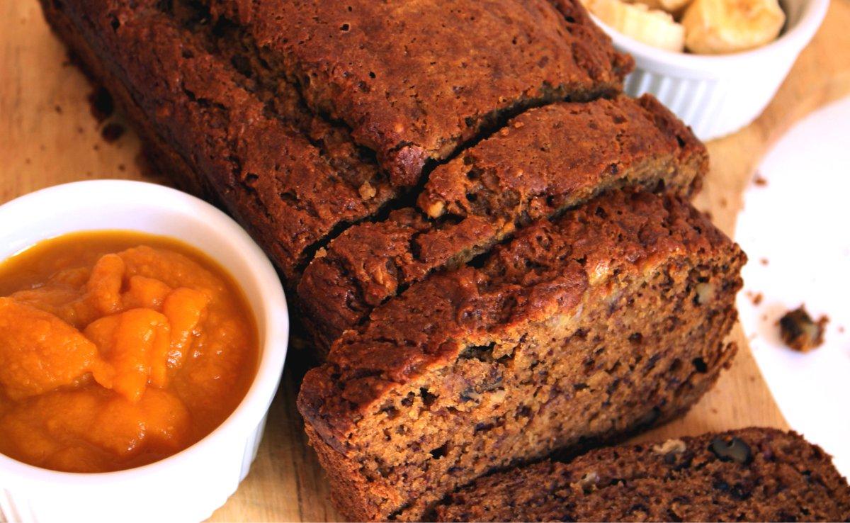 Simple Healthy Pumpkin Banana Bread