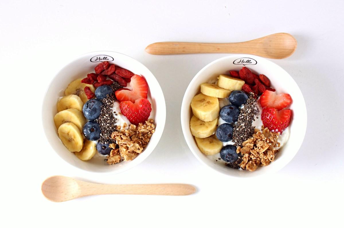 Healthy Yogurt Parfait with Greek Yogurt.