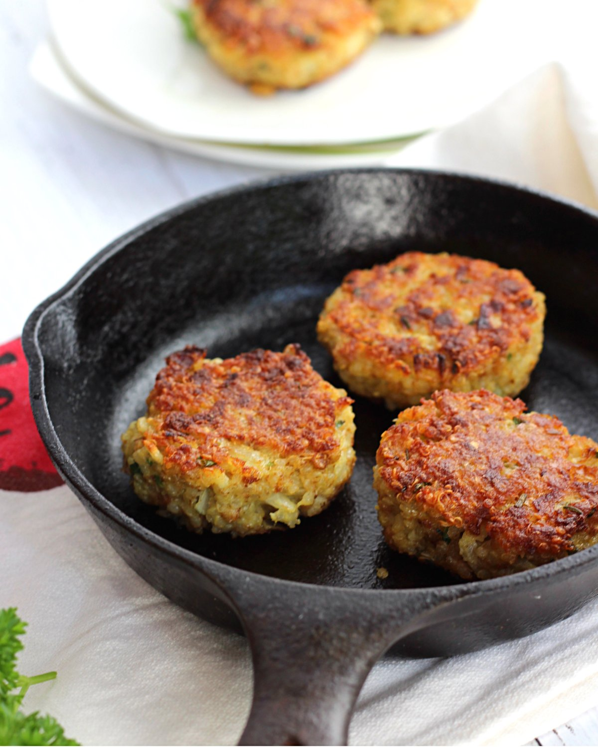 Healthy Quinoa Patties with Parmesan and Chives. Great way to get kids to eat quinoa!