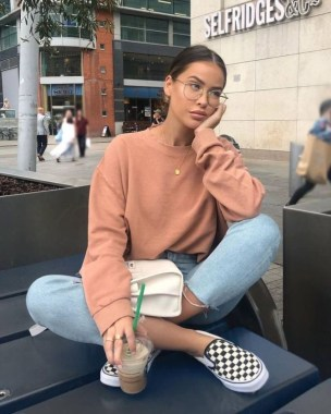 Casual And Stylish Fall School Outfits Ideas For Teens 22