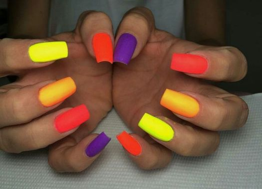 Cute Spring Nail Design Ideas With Bright Colour 27 1