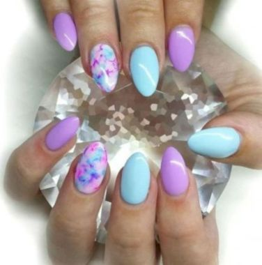 Cute Summer Nail Almond Design And Colours 36