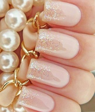 Cute And Chic Nail Design Ideas For Brides 20