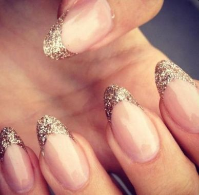 Cute And Chic Nail Design Ideas For Brides 22