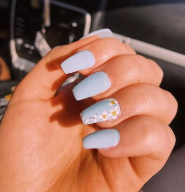 Pretty Acrylic Nails Ideas To Perfect Your Styles 03