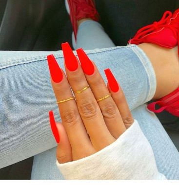 Pretty Acrylic Nails Ideas To Perfect Your Styles 10