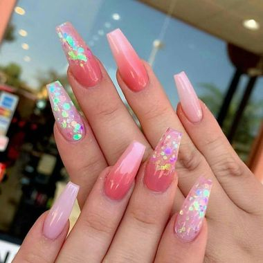 Pretty Acrylic Nails Ideas To Perfect Your Styles 28