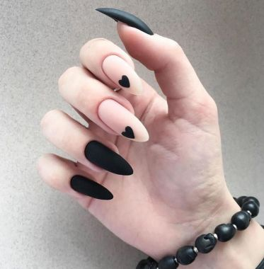Pretty Acrylic Nails Ideas To Perfect Your Styles 47