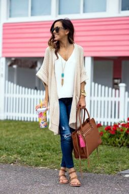 Inspiring Office Work Outfits Ideas To Wear This Spring 11