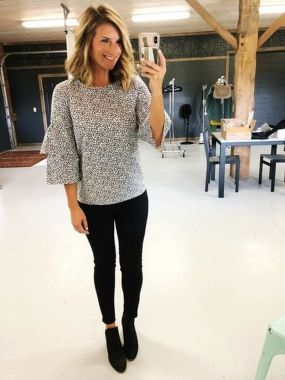Inspiring Office Work Outfits Ideas To Wear This Spring 12
