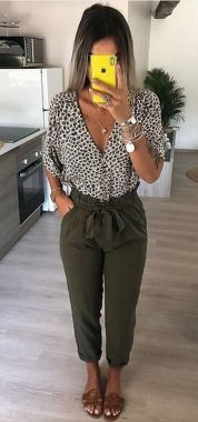 Inspiring Office Work Outfits Ideas To Wear This Spring 46
