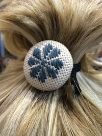 kogin button hair tie