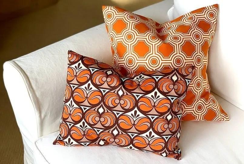 https bebraveandbloom com how to make a diy envelope pillow cover