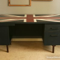 Jack - A Sophisticated Writing Desk