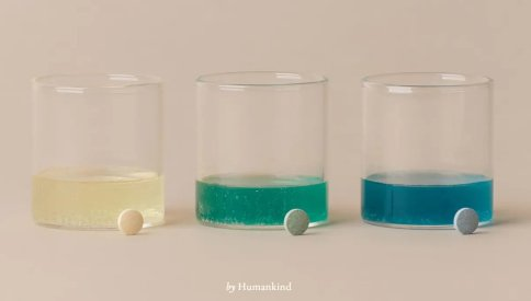 Mouthwash tablets in glass cups