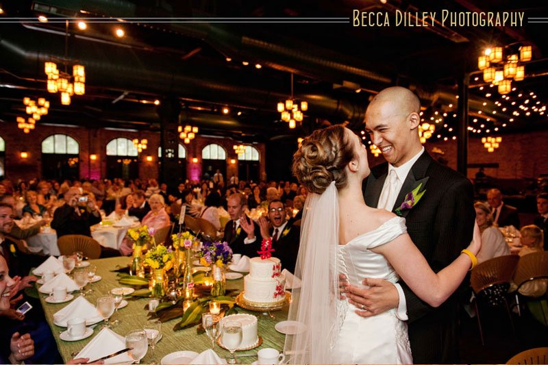 nicollet island pavillion wedding photographer minneapolis mnnicollet island pavillion wedding photographer minneapolis mn