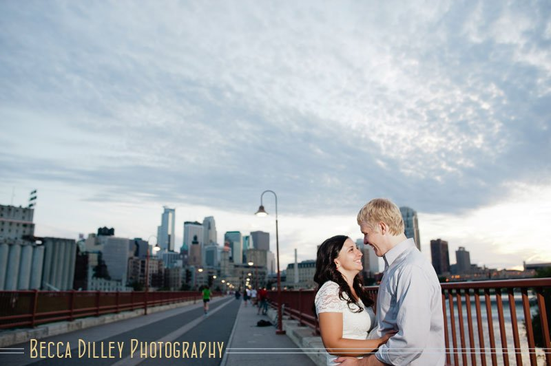 minneapolis summer engagement photos on stone arch bridge
