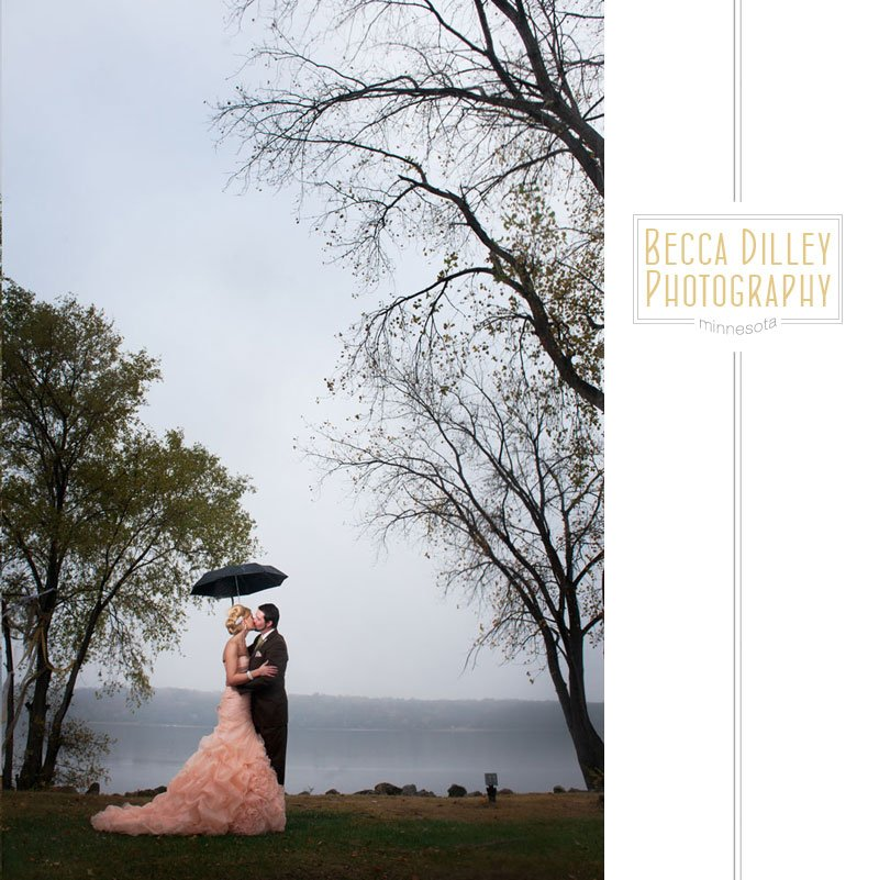 rainy day wedding in Stillwater MN