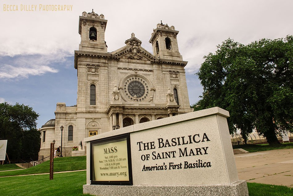 basillica of st mary in minneapolis for summer wedding