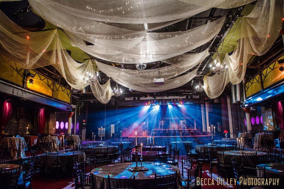 Minneapoliss most Epic Varsity Theater Wedding  Minneapolis Wedding Photographer Becca Dilley